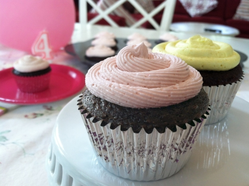 natural color cupcakes