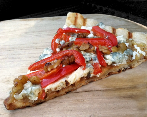 blue cheese pizza slice++**