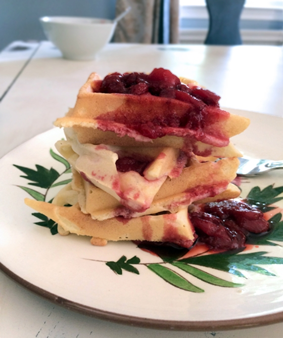 strawberry waffles2